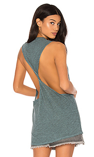 Twist back muscle tank - Lanston