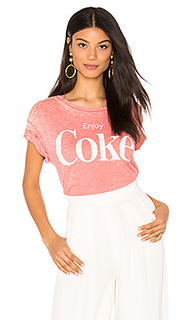 Футболка enjoy coke - Junk Food
