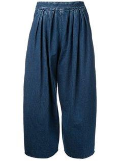 широкие плиссированные джинсы  Maison Mihara Yasuhiro