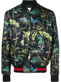 куртка-бомбер с тропическим принтом  Gucci