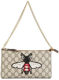 сумка-кошелек GG Supreme с вышитой пчелой Gucci