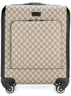 чемодан на колесиках GG Supreme Gucci