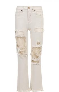 Укороченные расклешенные джинсы с потертостями Two Women In The World