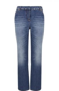 Укороченные расклешенные джинсы с заклепками Valentino