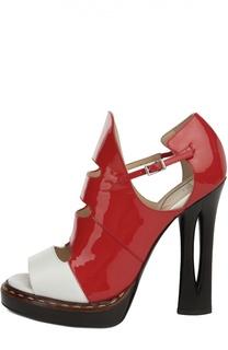 Кожаные босоножки на фигурном каблуке Fendi