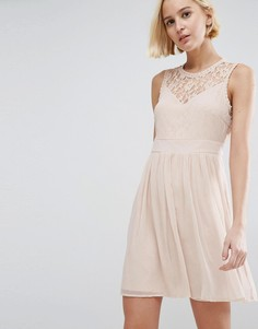 Короткое приталенное платье с кружевными вставками Vero Moda - Розовый