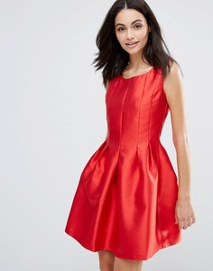 Атласное структурированное приталенное платье City Goddess - Красный