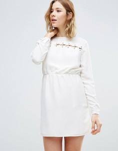 Свободное платье First & I - Белый