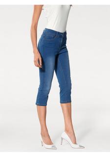 Моделирующие джинсовые капри