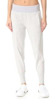 Легкие брюки для йоги Adidas by Stella Mc Cartney
