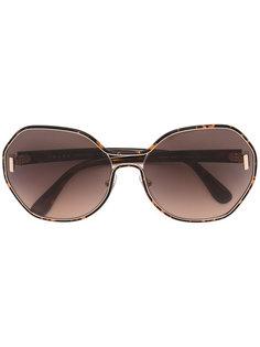 большие солнцезащитные очки  Prada Eyewear