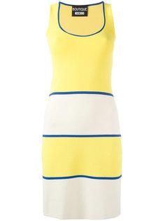 вязаное платье с вырезом-ковшом Boutique Moschino