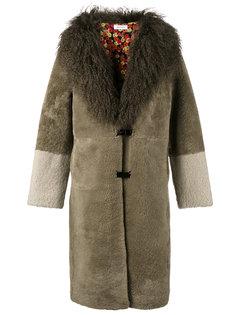 пальто из овчины Saks Potts