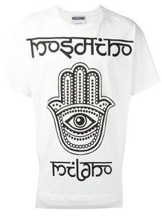 футболка с принтом руки Фатимы Moschino