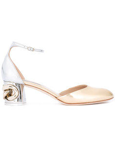 туфли с отделкой цепочкой на каблуке Casadei