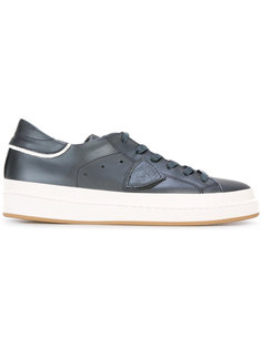 contrast lace up trainers  Philippe Model