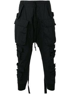 брюки с заниженной проймой и карманами карго Unravel Project