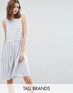 Короткое приталенное платье в полоску Vero Moda Tall - Белый