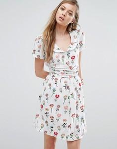 Чайное платье с цветочным принтом Trollied Dolly - Белый