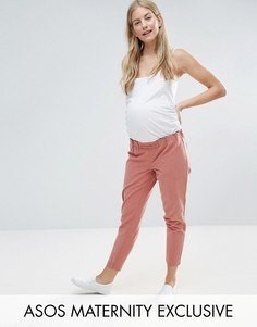 Чиносы с присборенным поясом ASOS Maternity - Розовый