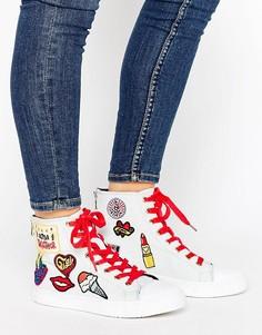 Белые высокие кроссовки на шнуровке с нашивками Tommy Hilfiger Gigi Hadid - Белый