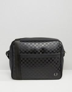 Черная сумка через плечо в шахматную клетку Fred Perry - Черный