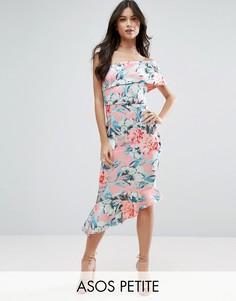 Платье миди на одно плечо с цветочным принтом и воланами ASOS PETITE - Мульти