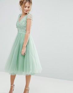 Платье миди из тюля с 3D вышивкой Chi Chi London - Зеленый