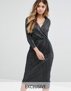Плиссированное платье миди с запахом и рукавами 3/4 Club L - Черный