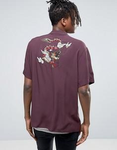 Рубашка классического кроя из вискозы с вышивкой дракона ASOS - Красный