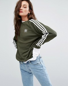 Свитшот бойфренда цвета хаки с тремя полосками adidas Originals - Зеленый