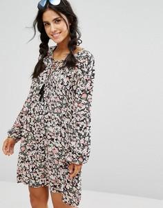 Свободное платье с цветочным принтом и кисточками Billabong - Мульти