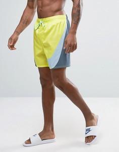 Желтые шорты для плавания с большим логотипом Nike Breach - Желтый