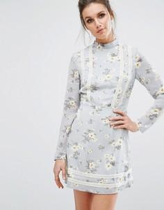 Чайное платье с цветочным принтом Missguided - Синий