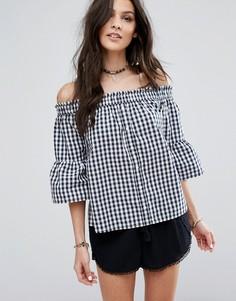 Рубашка в клеточку на пуговицах с открытыми плечами Abercrombie & Fitch - Темно-синий