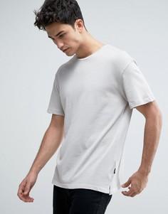 Длинная футболка с заниженной линией плеч Jack & Jones Originals - Бежевый