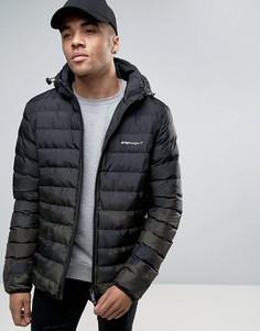 Черная дутая куртка с камуфляжным принтом 11 Degrees - Зеленый