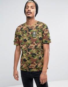 Камуфляжная футболка с нашивками в стиле милитари Dxpe Chef - Зеленый