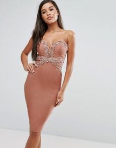Платье-футляр с вырезом сердечком и кружевной отделкой Rare London - Розовый