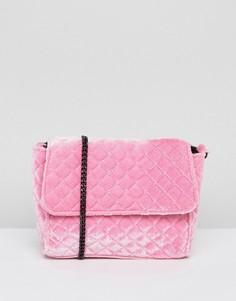 Стеганая бархатная сумка через плечо ASOS - Розовый