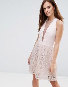 Ажурное платье мини с фигурной отделкой по краю Little Mistress - Бежевый