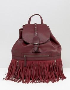 Рюкзак с завязкой, заклепками и бахромой Glamorous - Красный