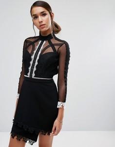 Платье мини с контрастным кружевом и рукавами 3/4 Three Floor - Черный