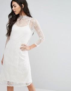 Трапециевидное платье миди с высоким воротом First & I - Белый