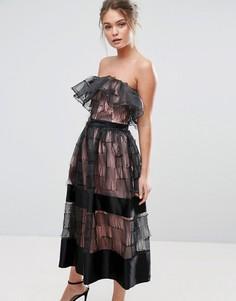 Фактурное платье миди без бретелек с 3D оборками True Violet - Черный