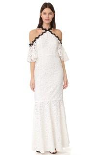 Кружевное вечернее платье с открытыми плечами и подолом «русалка» Jill Jill Stuart