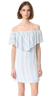 Платье с открытыми плечами Wayf
