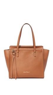 Объемная сумка с короткими ручками Amy Salvatore Ferragamo