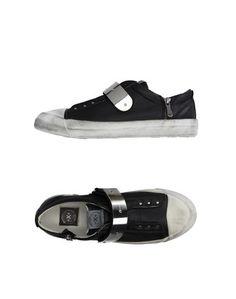 Низкие кеды и кроссовки O.X.S.