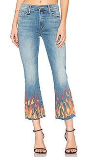 Укороченные джинсы с потрепанным низом the insider - MOTHER